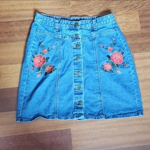 Flower embroidered Jean button front mini skirt